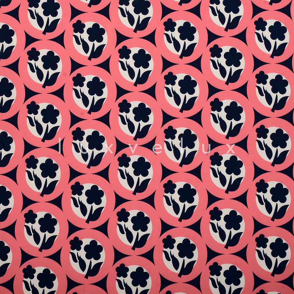 Symmetry Daisy Fuchsia