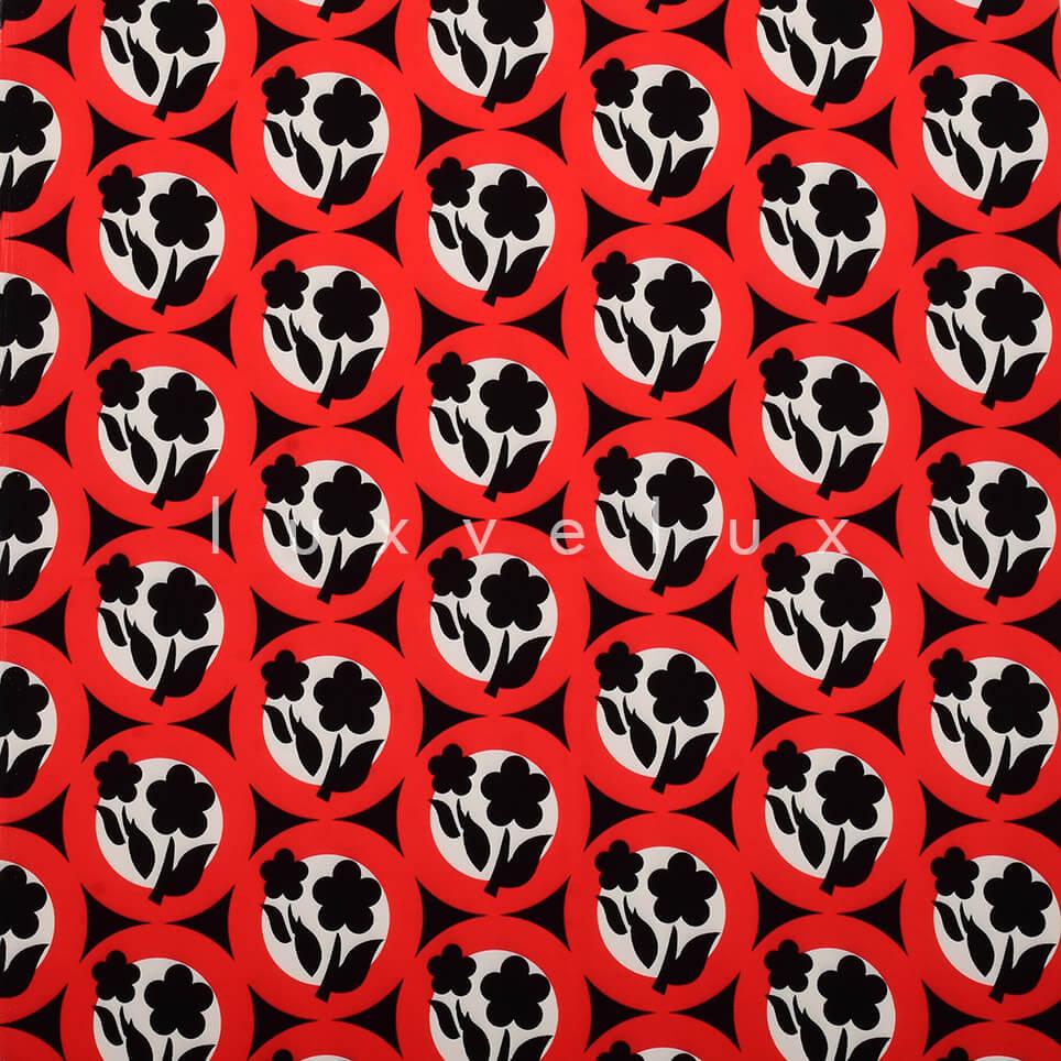 Symmetry Daisy Red